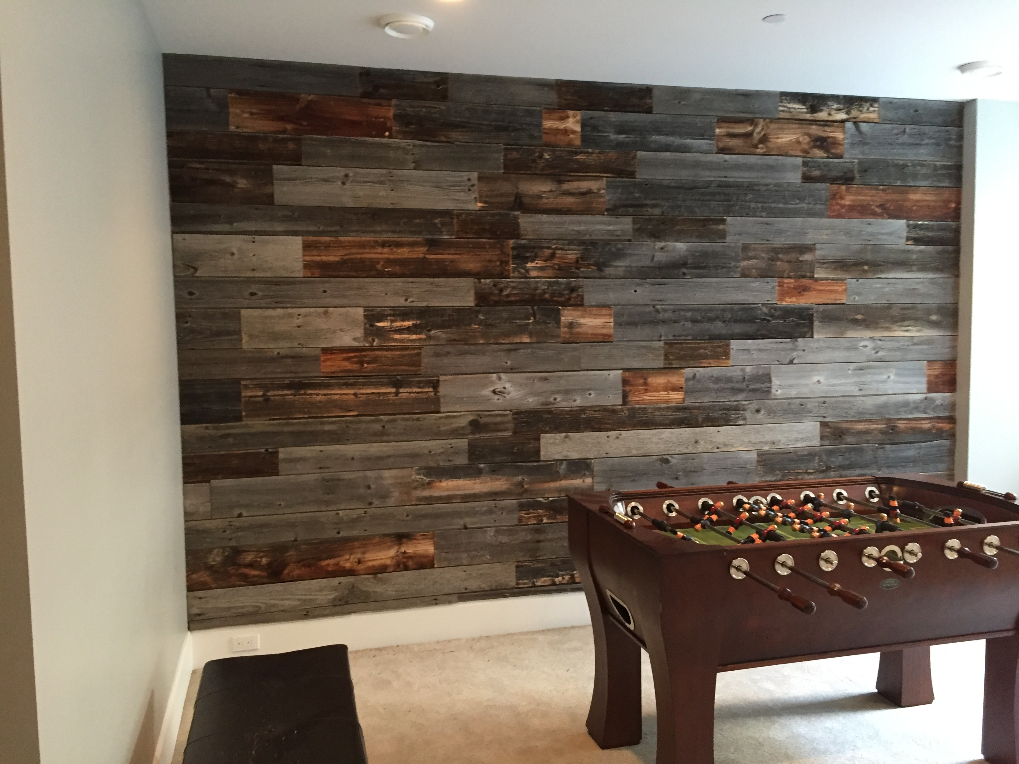 Reclaimed-Barn-Wood-Lumber-And-Home-Decor-Interior-Design